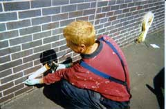 Injecting a wall using damp proofing cream